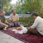 Picnic met Arash en tapijtverkoper